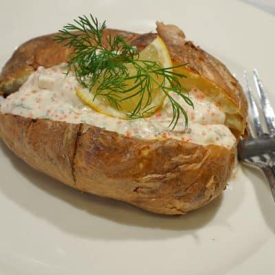 Bakad potatis med romsås