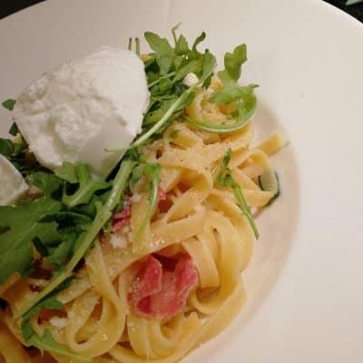 Pasta med salami och ricottoa vapiano