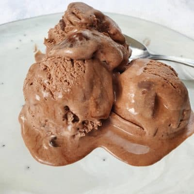 chokladglass med 4 ingredienser