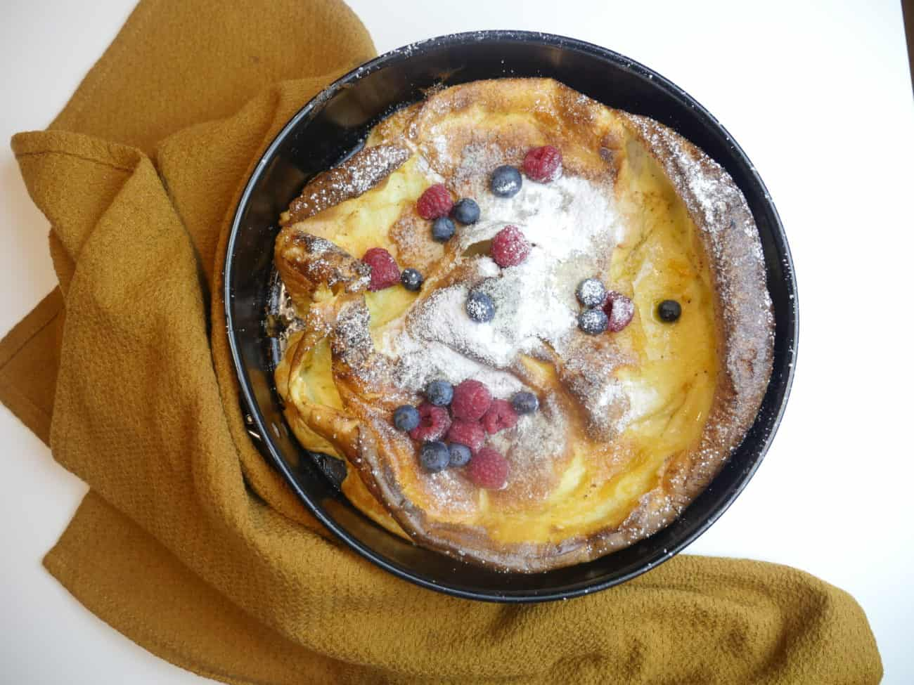 Dutch pancake – fluffig och frasig ugnspannkaka