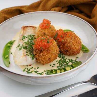 potatiskroketter med smörstekt torsk och enkel citronsås