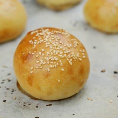 Mjuka hemmagjorda hamburgerbröd