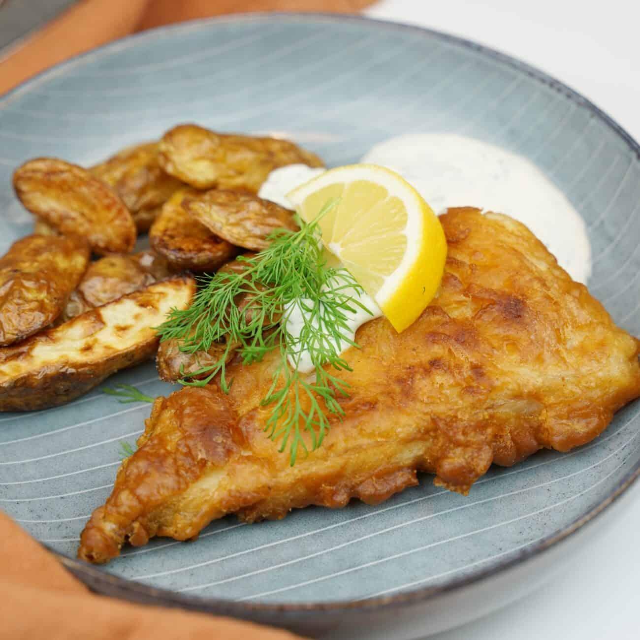 Fish n chips med kall dillsås