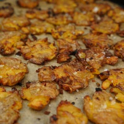 Krispig smashed potatoes