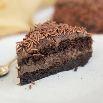 Brigaderiotårta - chokladtårta med fyllig chokladsmak